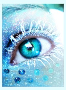 Frozen_eye_by_Lillucyka