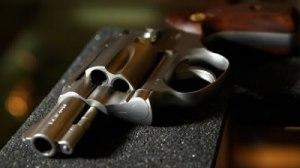 arma-pistola-mata-novia